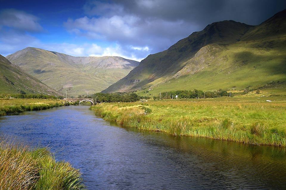 Die an der Westküste gelegenen Fjorde und Felsen , Die Fjorde von Irland , Irland