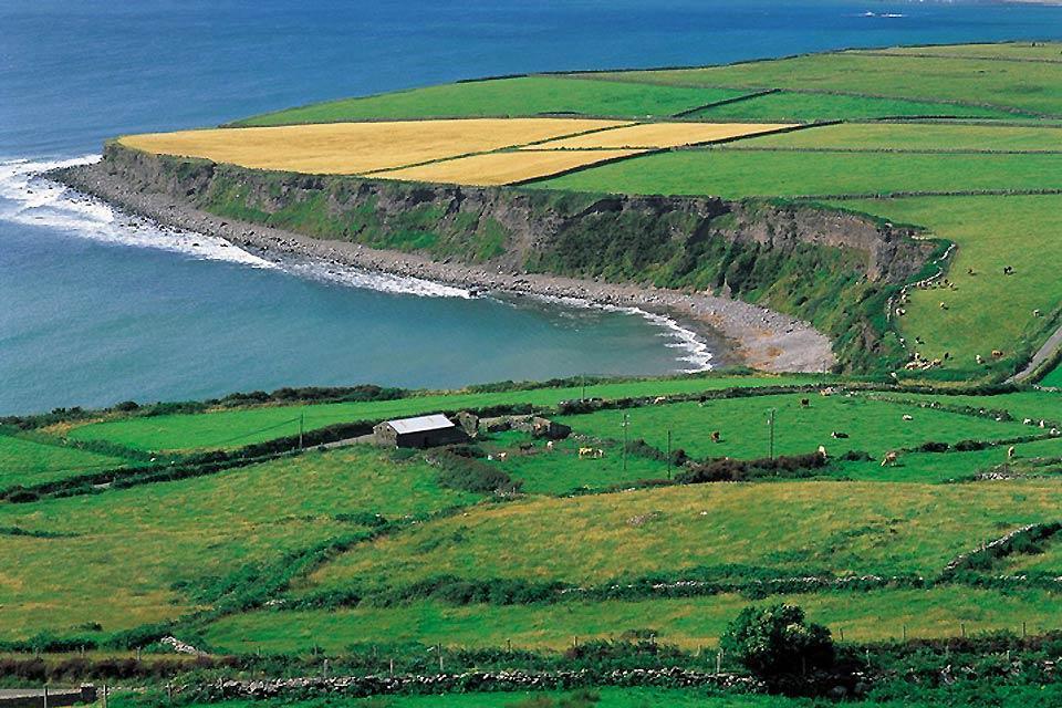 Die an der Westküste gelegenen Fjorde und Felsen , Die Buchten, Irland , Irland