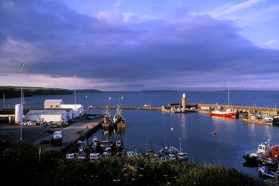 Die Häfen an der Ostküste , Der Hafen von Dunmore East, Irland , Irland