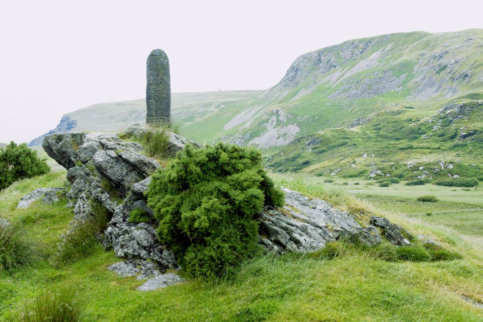A stele in Ireland, The megaliths, Arts and culture, Ireland