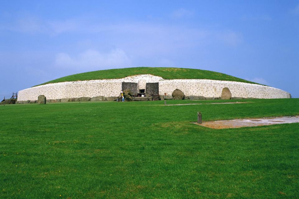 Newgrange , Il tumulo di Knowth, Irlanda , Irlanda