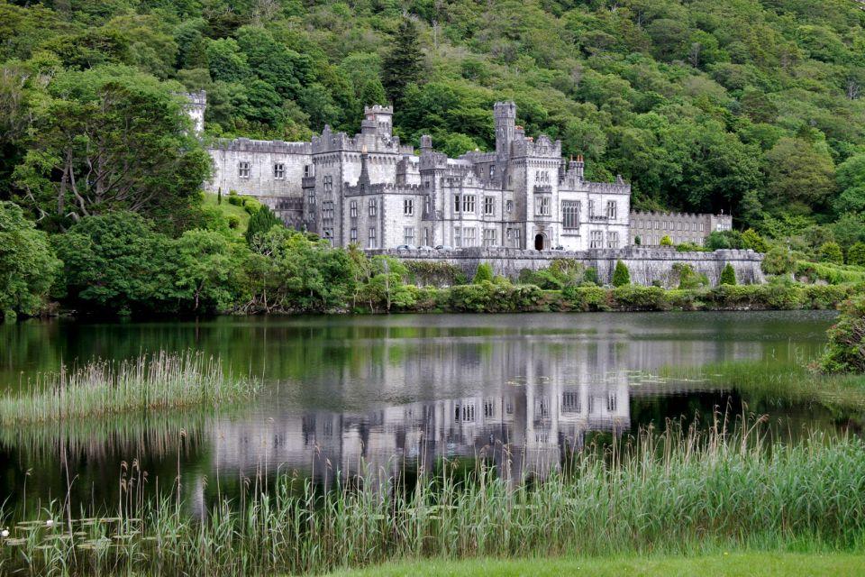 Kylemore Abbey, Connemara, Ireland, Kylemore Abbey, Monuments, Ireland