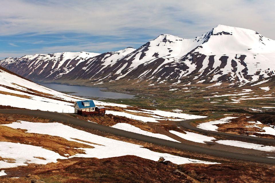 Les fjords , Botn Farm Mjoeifjoer , Islande