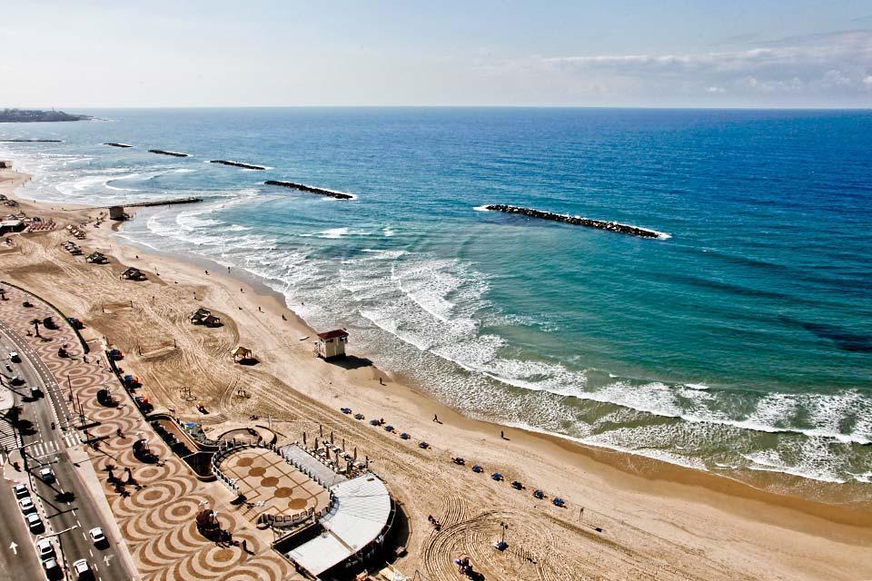 La côte méditerranéenne , La plage de Tel-Aviv , Israël