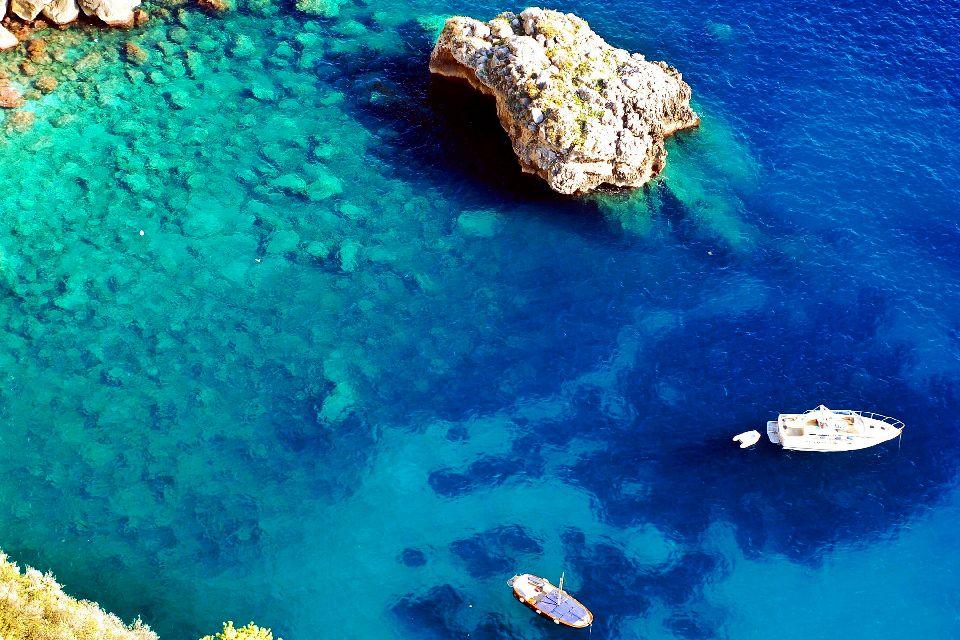 La bahía de Nápoles , Italia