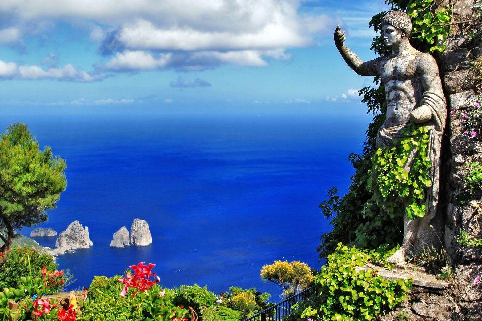 L'île de Capri , Depuis les hauteurs d'Anacapri , Italie