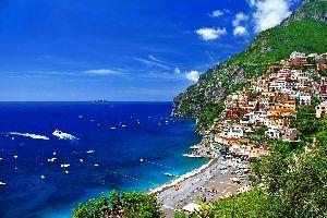 La costa amalfitana , Positano , Italia