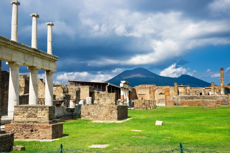 Pompeii , Pompeii and Herculaneum , Italy