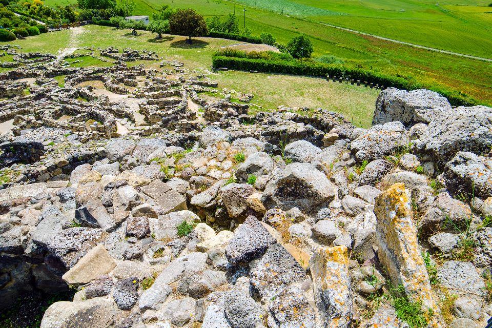 La località di Barumini , Il sito di Su Nuraxi, Barumini , Italia