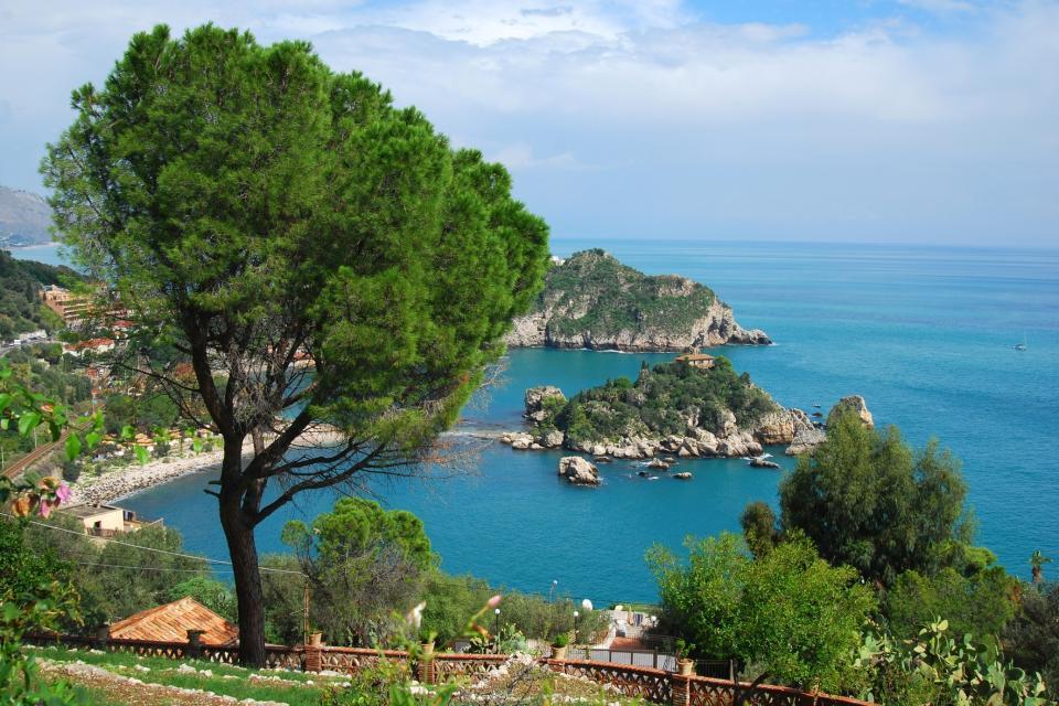 La côte est , Golfes et criques , Italie