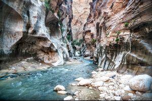 Montagne e valli , Canyon nel deserto di Wadi Rum , Giordania