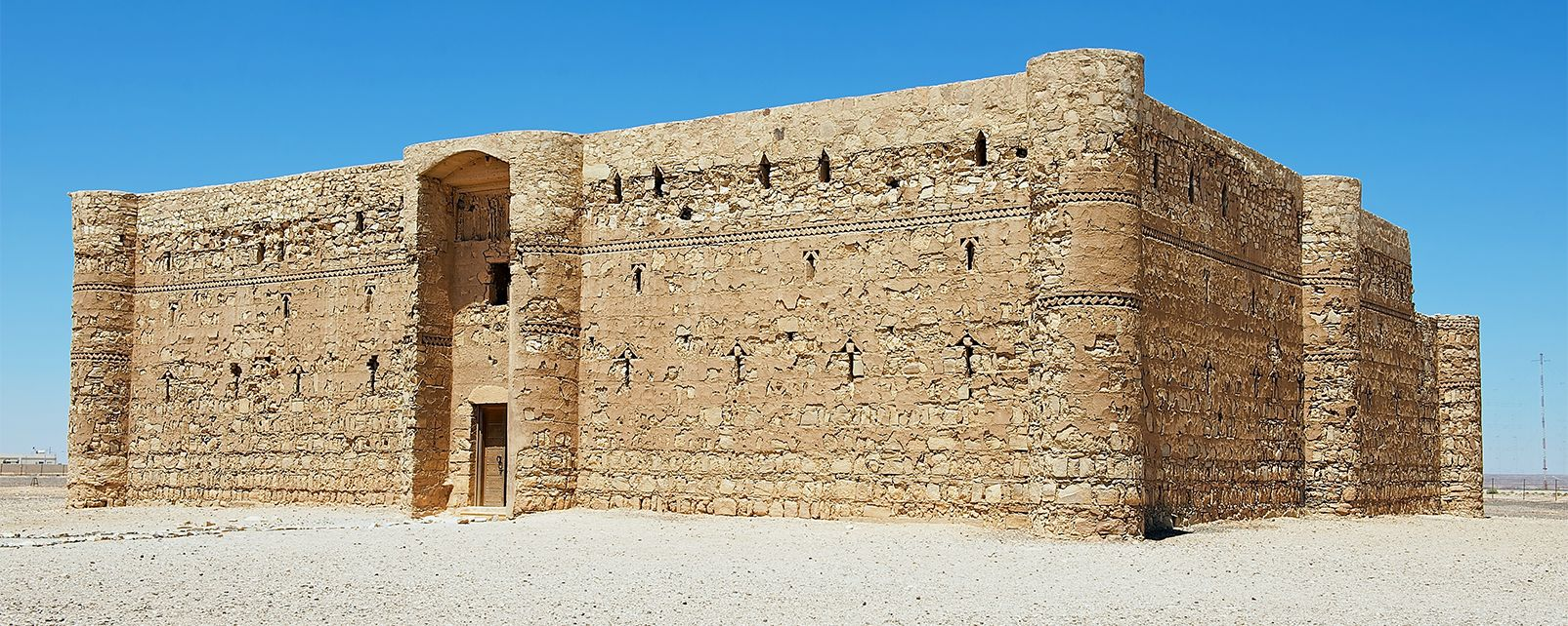 El castillo de Qusayr'el Kharaneh, Qusayr'el Jaraneh, Arte y cultura, Jordania