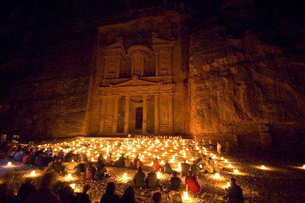 Pétra , Petra By night , Jordanie