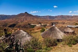 Les paysages, Lesotho, afrique, highlands, village, hutte