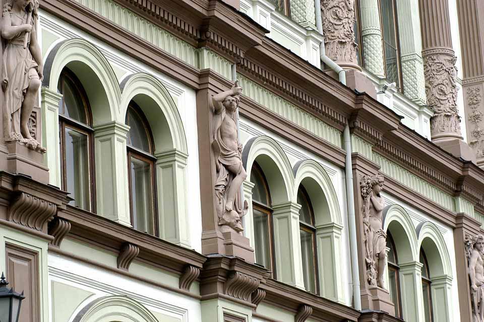 Le canzoni folcloristiche , Bifore Liberty a Riga , Lettonia