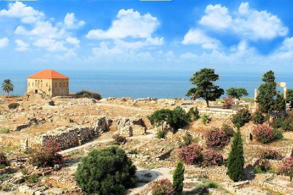 Les stations balnéaires , La plage de Byblos. , Liban