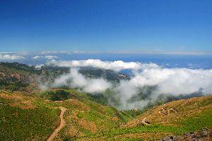 Le plateau Paul da Serra , Plateau dans la brume , Portugal