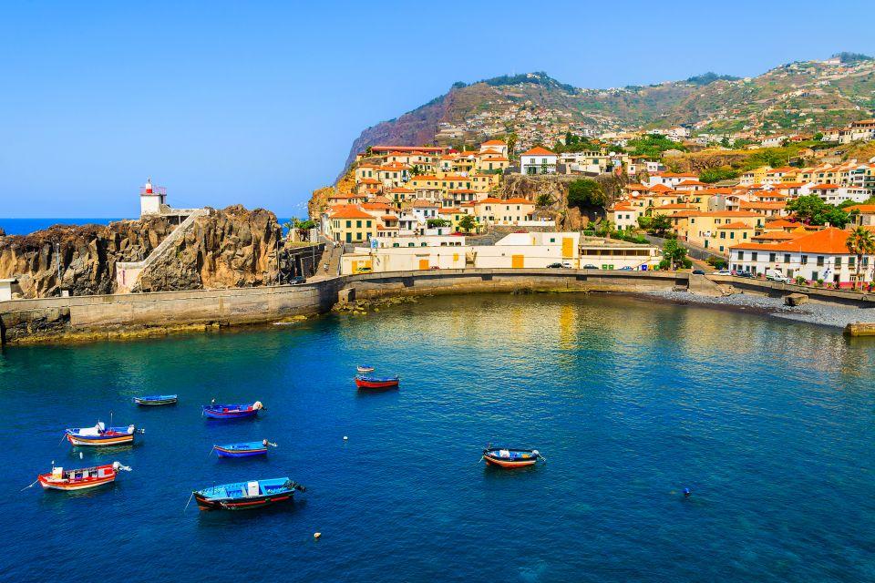 Les côtes, camara de lobos, portugal, madère, archipel, village, atlantique, pêcheur