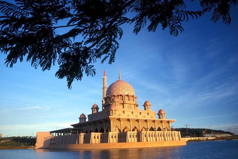 Putra Mosque , La Putra Mosque , Malaisie