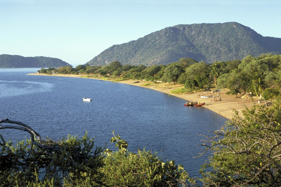 Il lago niassa malawi for Cabine del lago hyatt