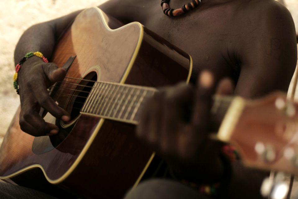 Les arts et la culture, musique malawi musique guitare
