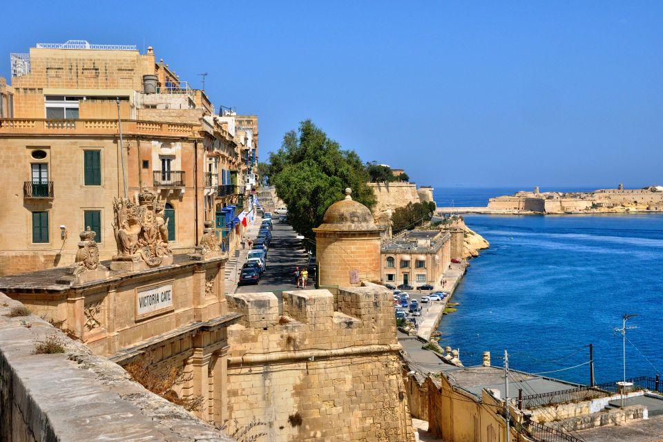 Malta's towns and cities, The Island of Malta, Landscapes, Malta