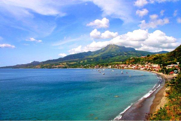 La montagne Pelée , Martinique