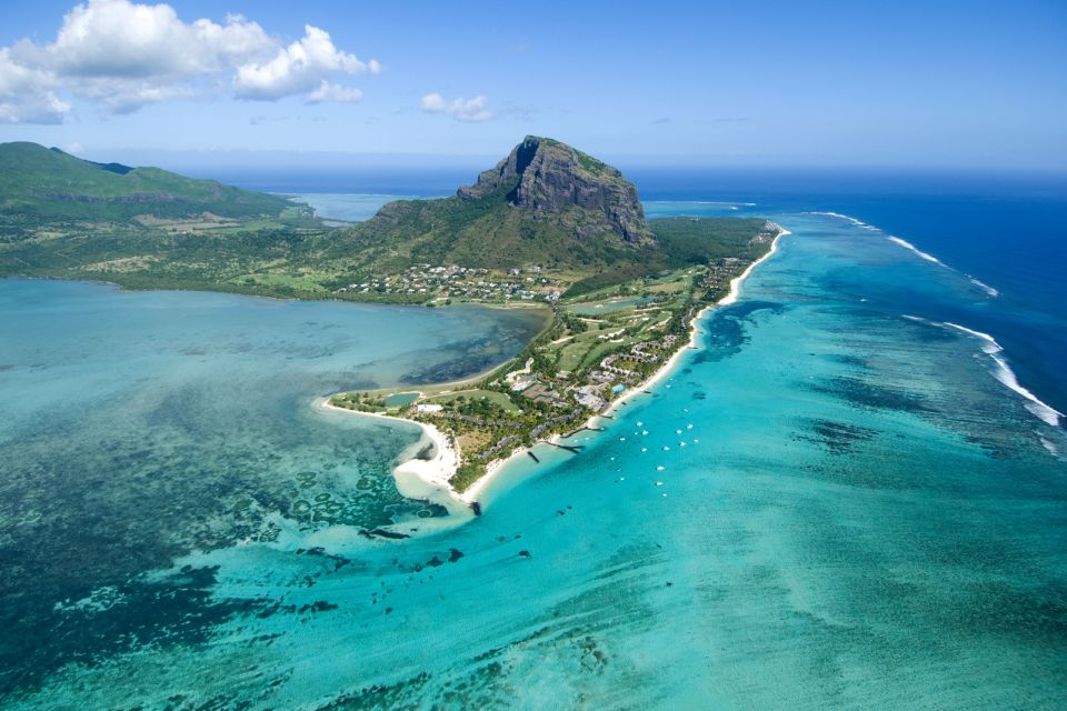 The moutains of Mauritius, Mountains, Landscapes, Mauritius