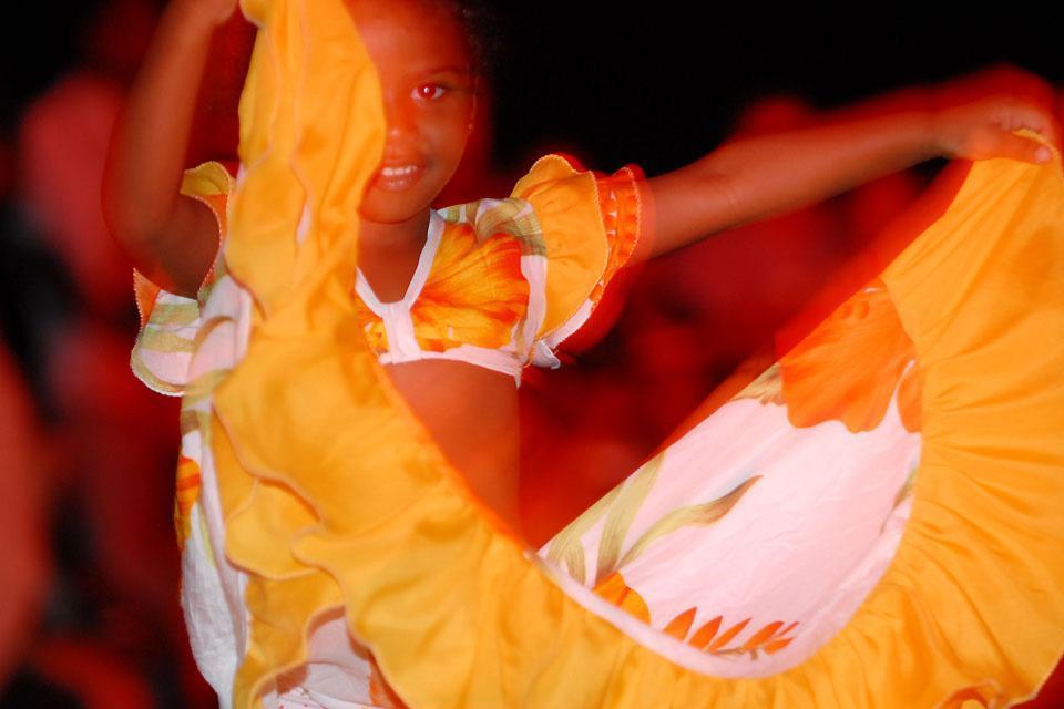 Sega dancing , The sega, a Mauritian tradition , Mauritius
