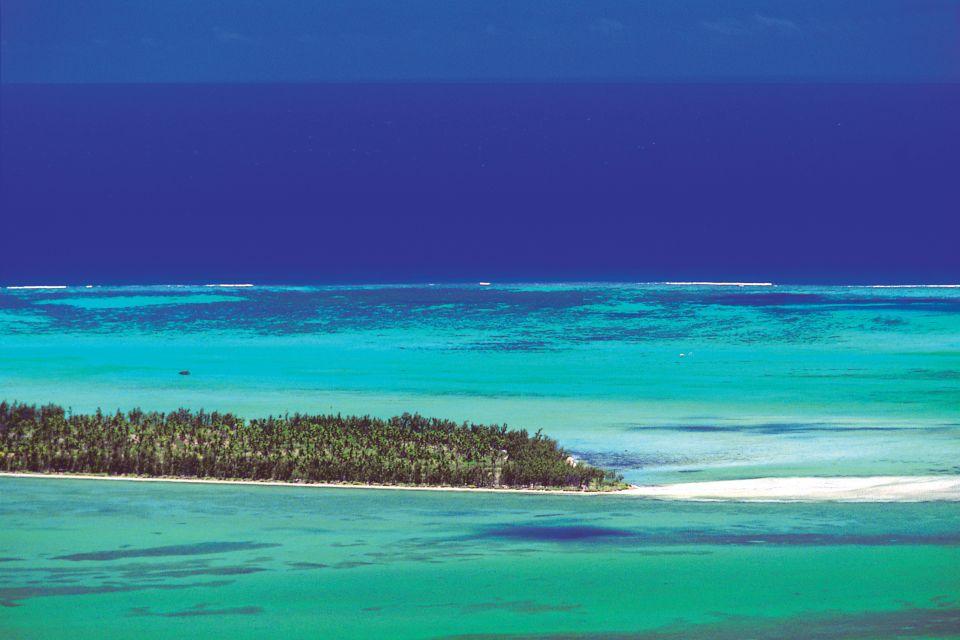 The shell shaped island, Mauritius, Ile aux Bénitiers, Islands, Mauritius