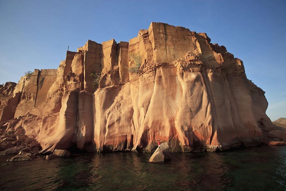 Deserto, montagne rocciose e spiagge di sabbia bianca. , Le rocce del deserto di Bassa California , Messico