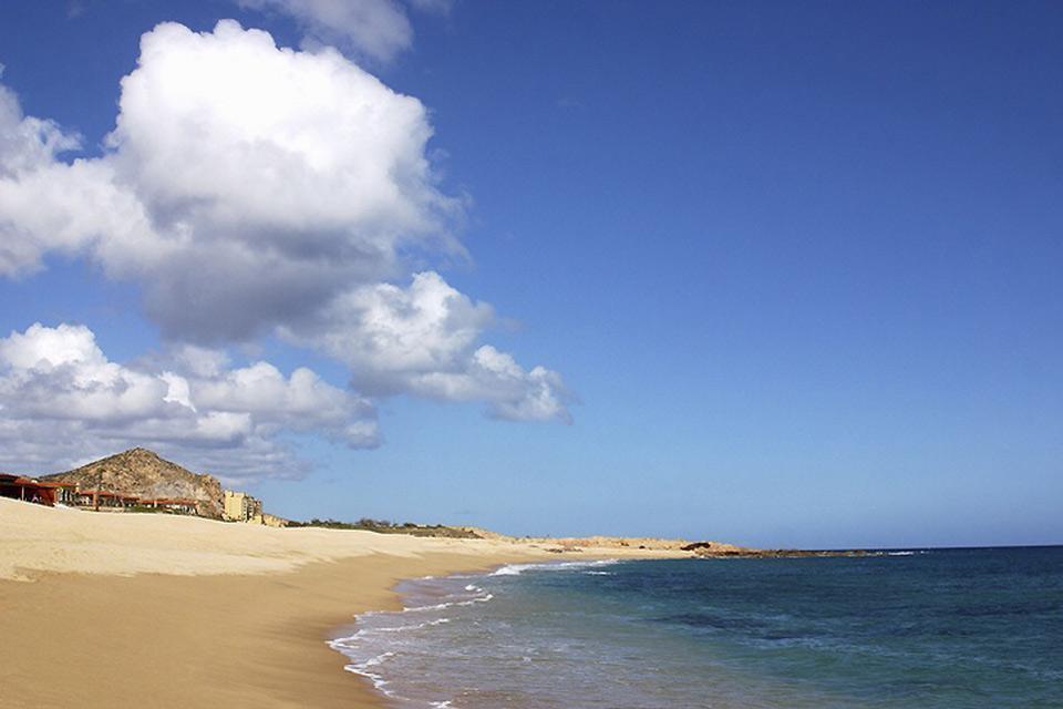 Deserto, montagne rocciose e spiagge di sabbia bianca. , Spiagge della Bassa California , Messico