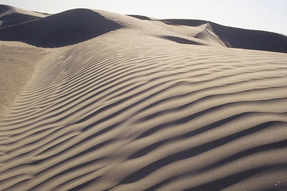 Deserto, montagne rocciose e spiagge di sabbia bianca. , La sabbia del deserto , Messico