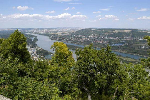 The Wienerwald , The Danube , Austria