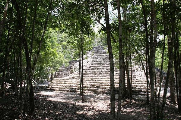 Coba , La Piramide di Coba , Messico