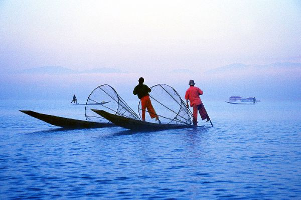 Lake Inle , A traditional fisherman , Burma