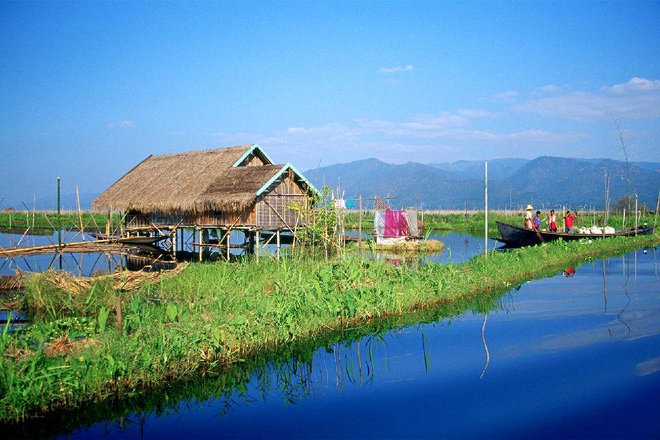 El lago Inle , Pescador en el lago Inle , Myanmar