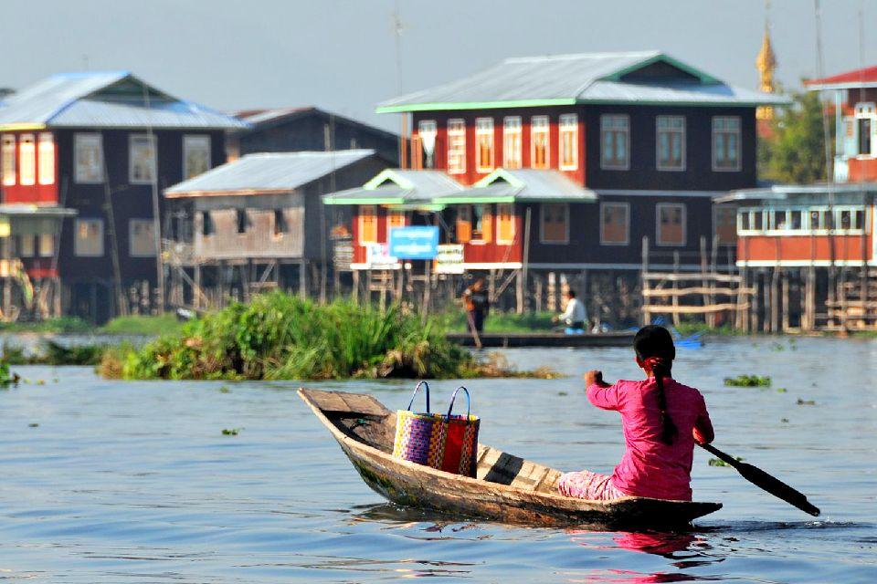 El lago Inle , Islas flotantes , Myanmar