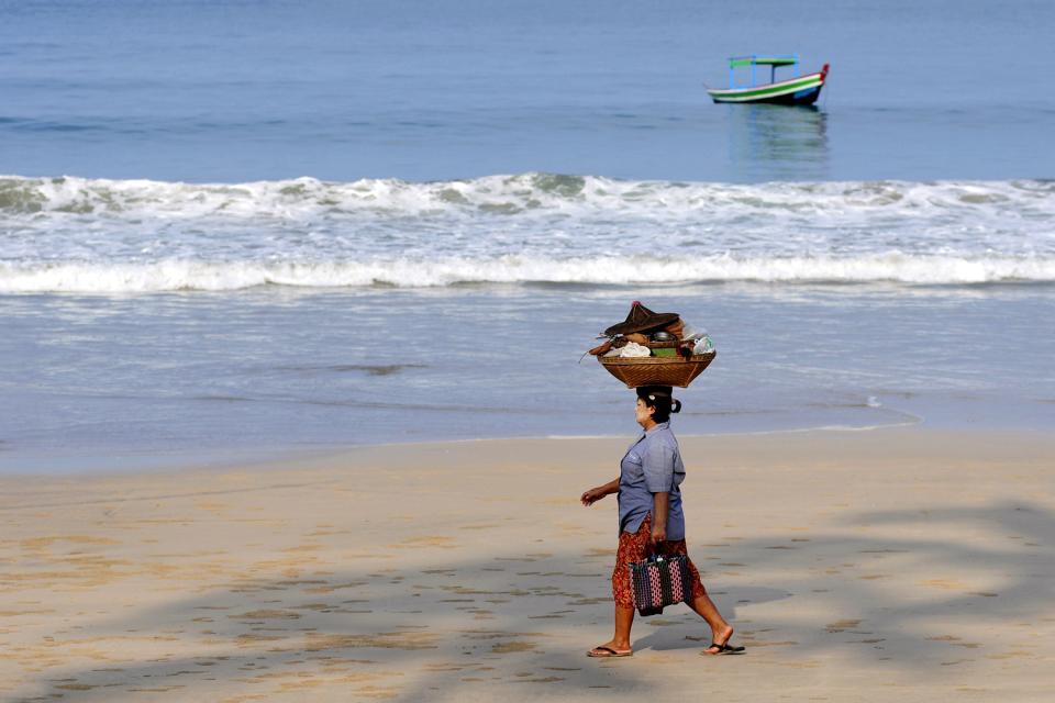 Sea resorts , Well-preserved beaches , Myanmar