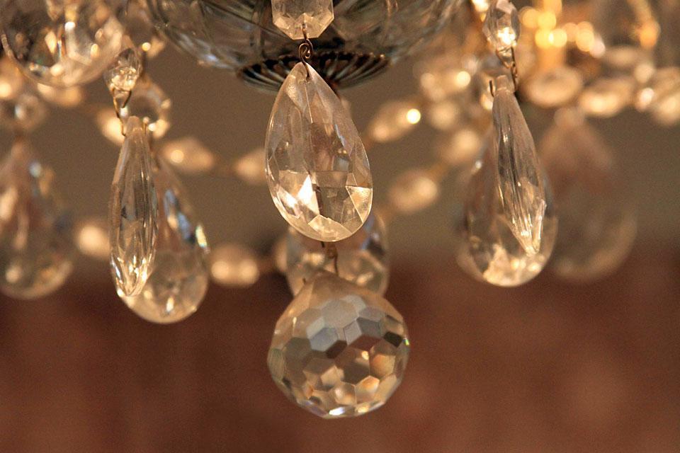 Die Kristallwaren , Österreich