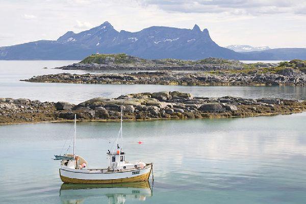 Il nord , Una barca in un fiordo , Norvegia