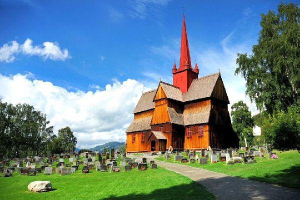 Las iglesias de madera , Iglesia de madera noruega , Noruega