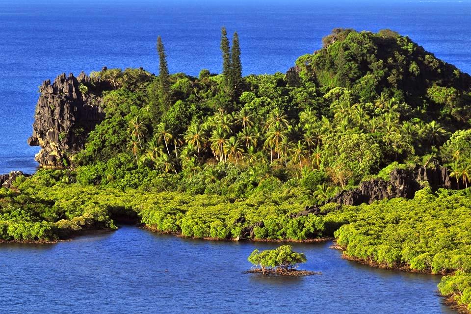Les rivages, Grande Terre - La côte Est, Les paysages, Nouvelle-Calédonie