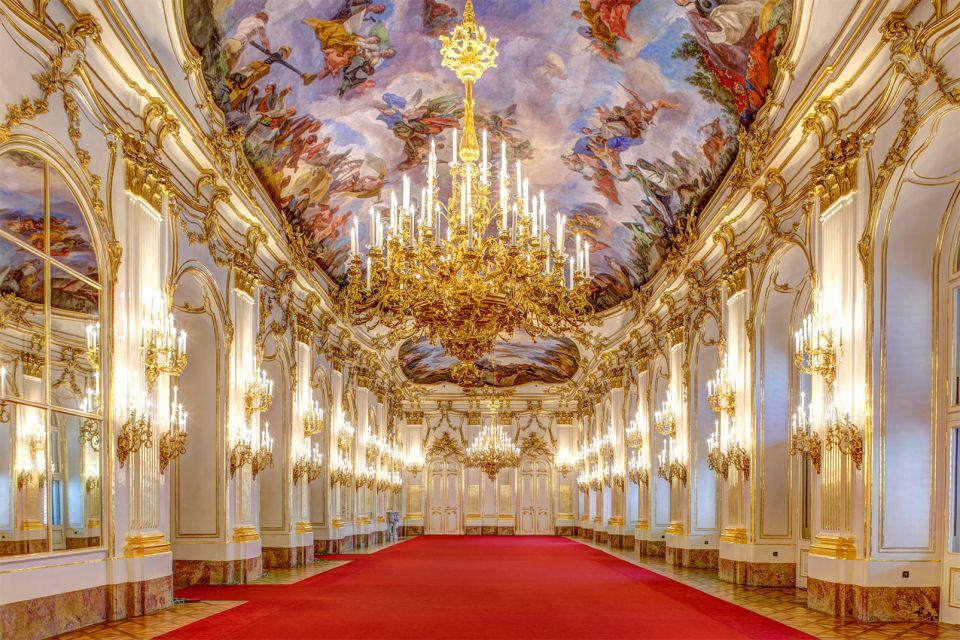 The gardens, The Schönbrunn Palace, Castles, Vienna, Austria