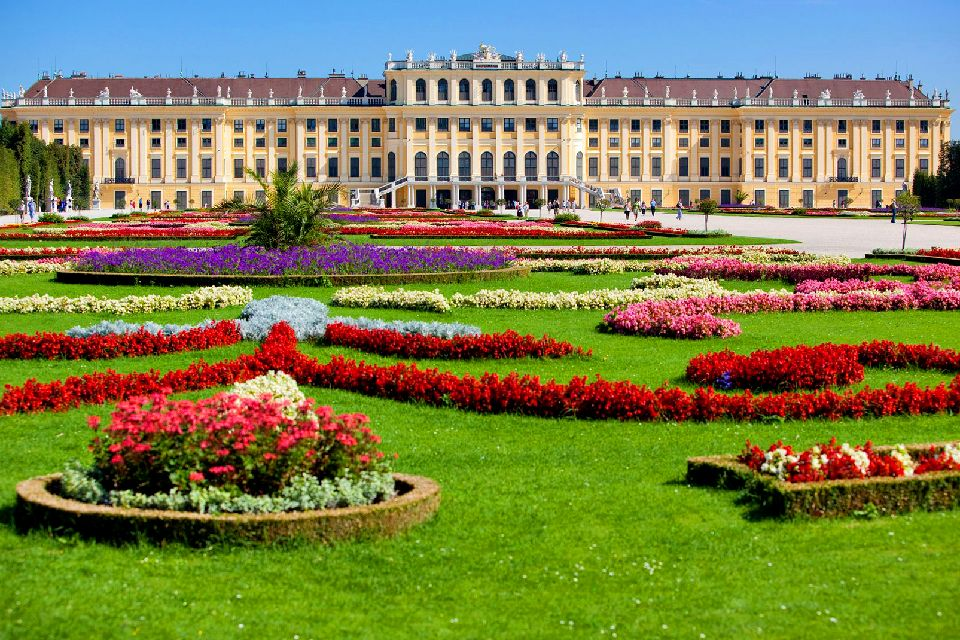 The Schönbrunn Palace , A baroque-style hunting lodge , Austria