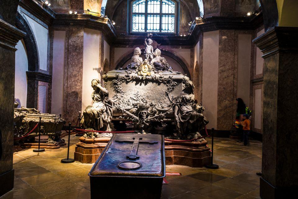 , La Cripta imperial (Cripta de Capuchinos), Los castillos, Viena, Austria