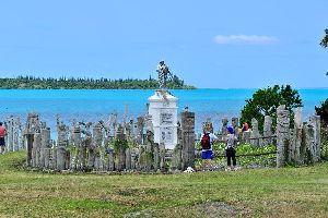 La isla de los Pinos , Los tótems , Nueva Caledonia