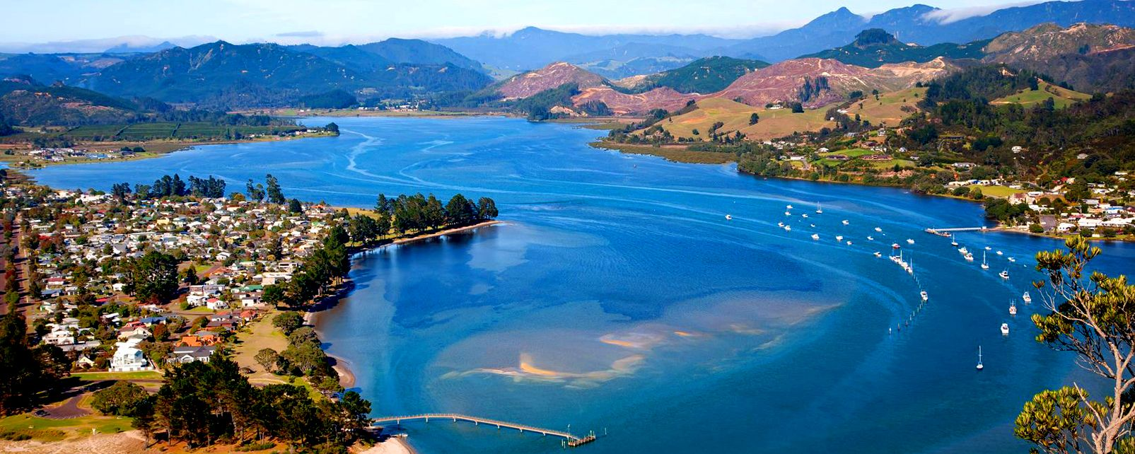 New Zealand North Island To South Island Flight