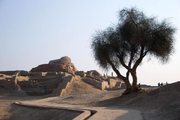 Mohenjo-Daro , Pakistan