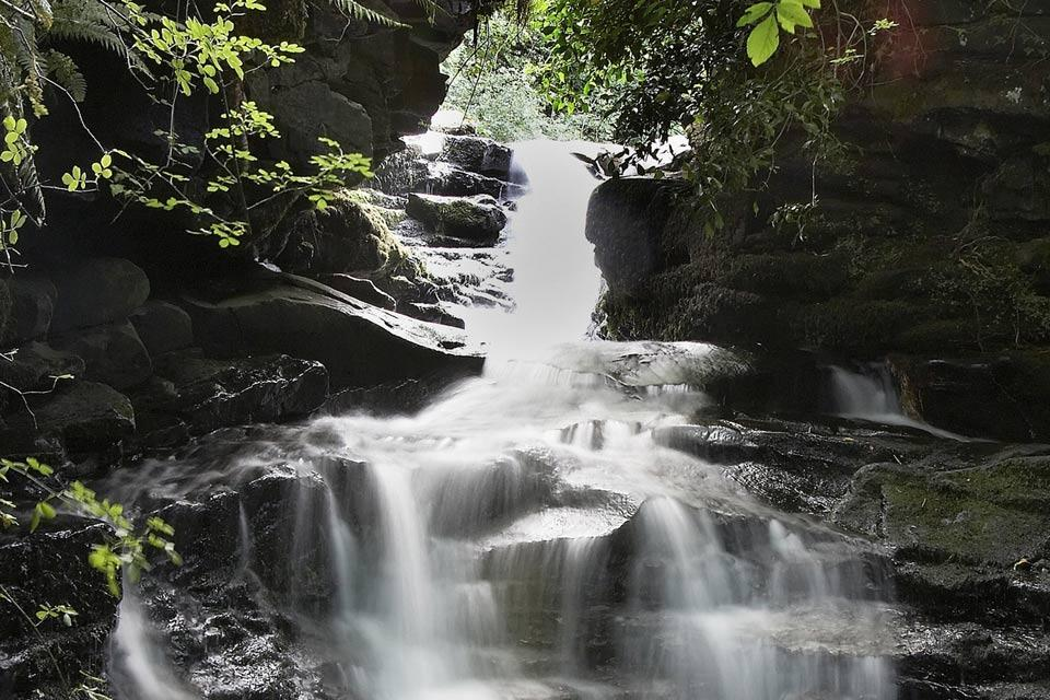 El Parque nacional de Brecon Beacons , Cataratas en Brecon Beacons , Reino Unido